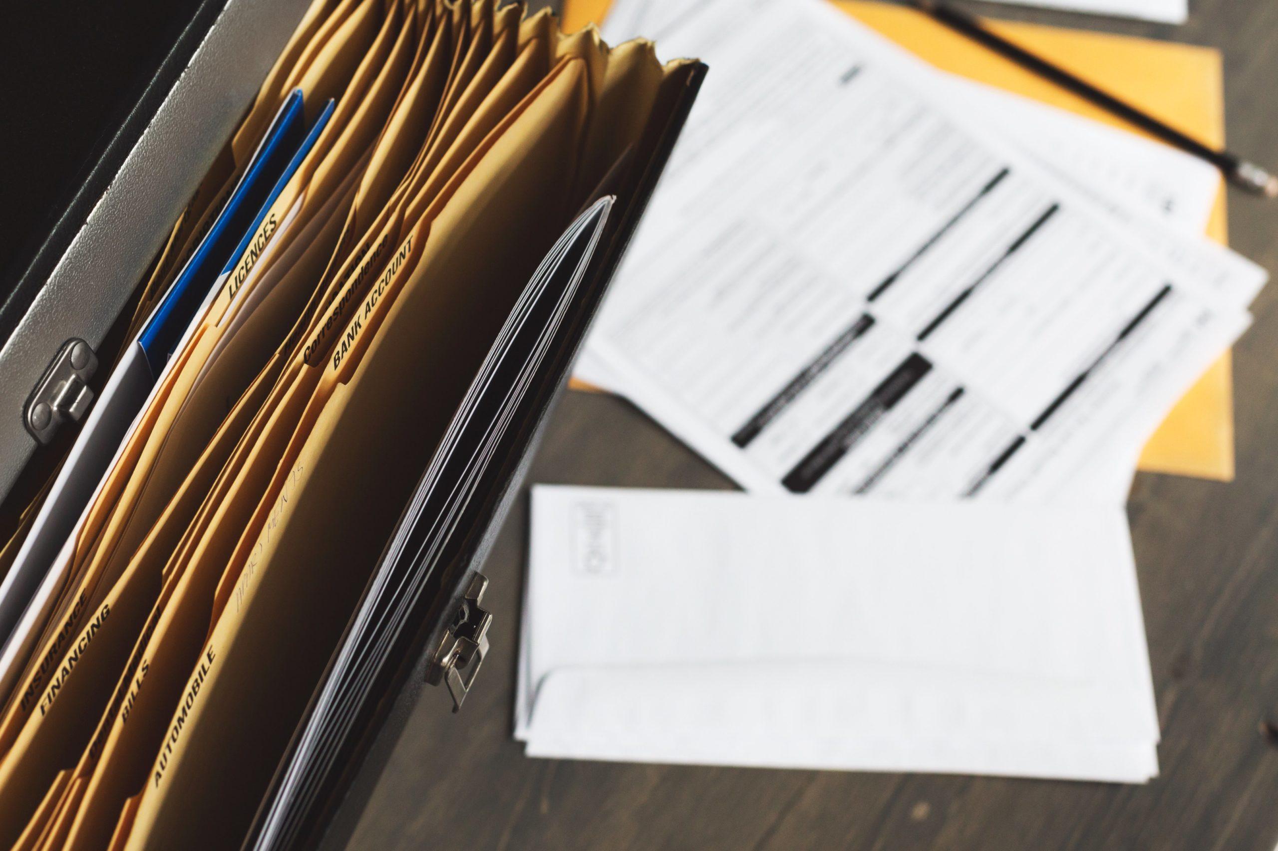 Dossiers administratifs organisés
